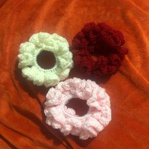 3 Crochet scrunchie handmade.